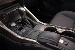 2016-Lexus-NX-crossover-suv-005