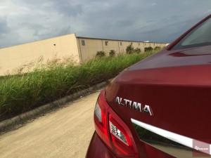 2016-Nissan-Altima-txGarage--012