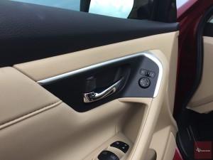 2016-Nissan-Altima-txGarage--024