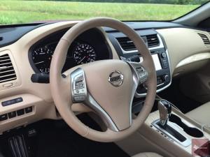 2016-Nissan-Altima-txGarage--026