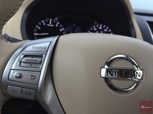 2016-Nissan-Altima-txGarage--035