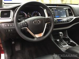 2016-Toyota-Highlander--022