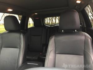 2016-Toyota-Highlander--023