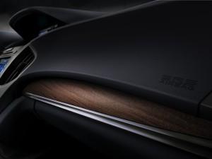 2017-Acura-MDX--010