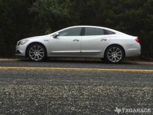 2017-Buick-LaCrosse--004