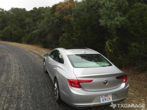 2017-Buick-LaCrosse--008