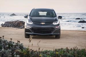 2017-Chevrolet-BoltEV-035