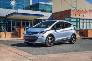 2017-Chevrolet-BoltEV-042
