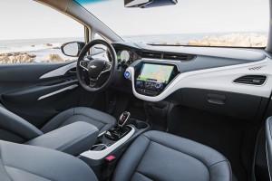2017-Chevrolet-BoltEV-045