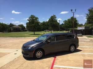 2017-Chrysler-Pacifica-txGarage--007