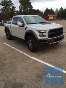 2017-Ford-Raptor--010