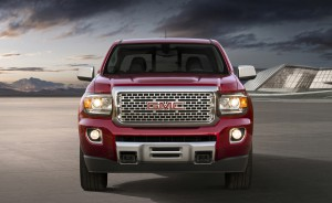 2017-GMC-Canyon-Denali-002