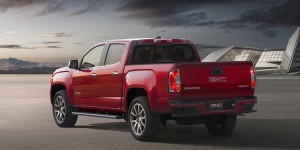 2017-GMC-Canyon-Denali-003