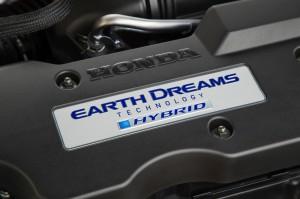 2017-Honda-Accord-Hybrid--007