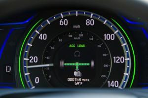 2017-Honda-Accord-Hybrid--013