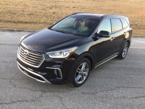 2017-Hyundai-Santa-Fe--005