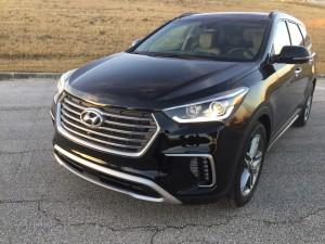2017-Hyundai-Santa-Fe--018