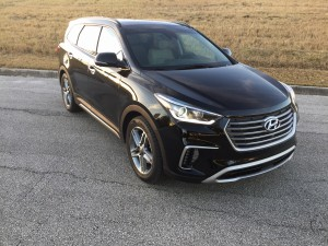 2017-Hyundai-Santa-Fe--019