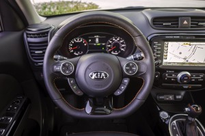 2017-Kia-Soul-Turbo--016