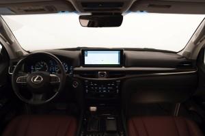2017-Lexus-LX-570--010