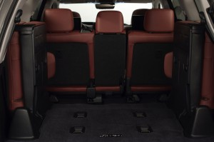 2017-Lexus-LX-570--026