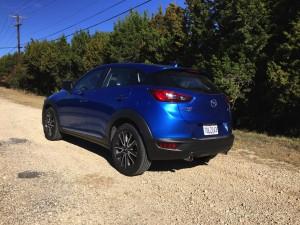 2017-Mazda-CX3--012
