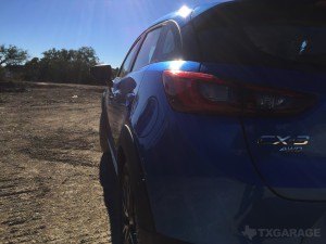2017-Mazda-CX3--020