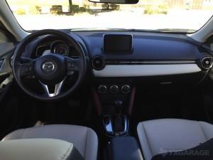 2017-Mazda-CX3--024
