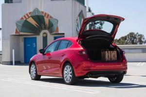2017-Mazda-Mazda3--001