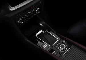 2017-Mazda-Mazda3--014