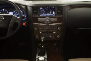 2017-Nissan-Armada--022