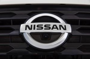 2017-Nissan-Pathfinder--001