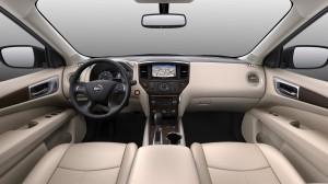 2017-Nissan-Pathfinder--005
