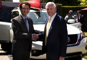 2017-Nissan-Pathfinder-txgarage-009