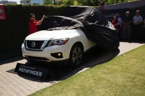 2017-Nissan-Pathfinder-txgarage-011