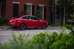 2017 Nissan Sentra SR Turbo 13