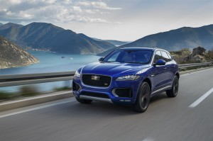 Jag F-PACE Drives Caesium Blue First Edition 280416 01 LowRes