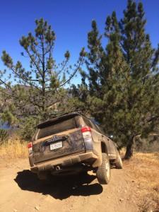 off-roading-Toyota-4Runner-003